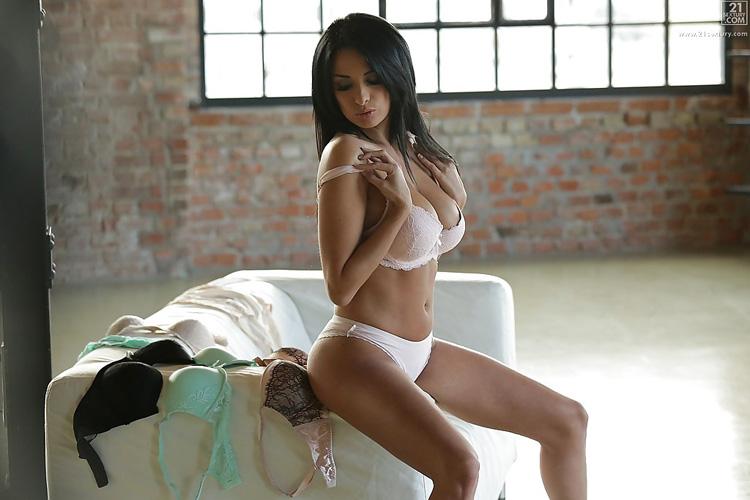 Anissa Kate Masturbation 21 naturals 6