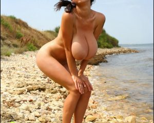 Anya Zenkova topless nue PinUp Files 7