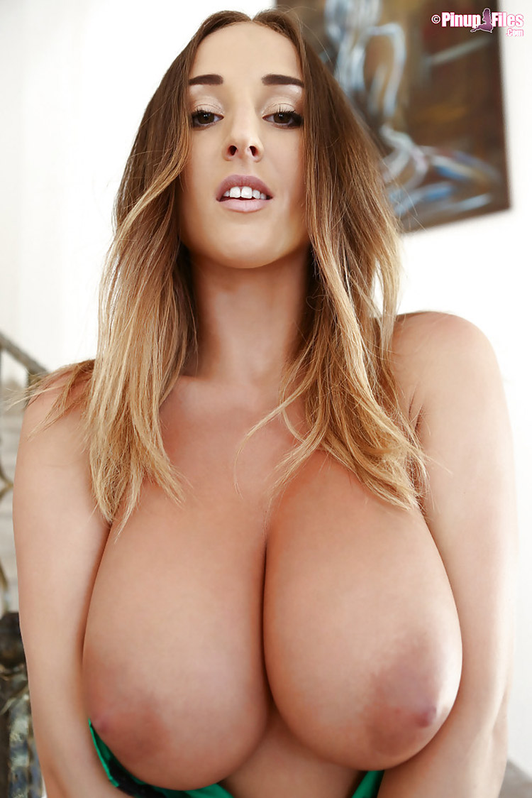 Stacey Poole beaux nichons PinupFiles 5
