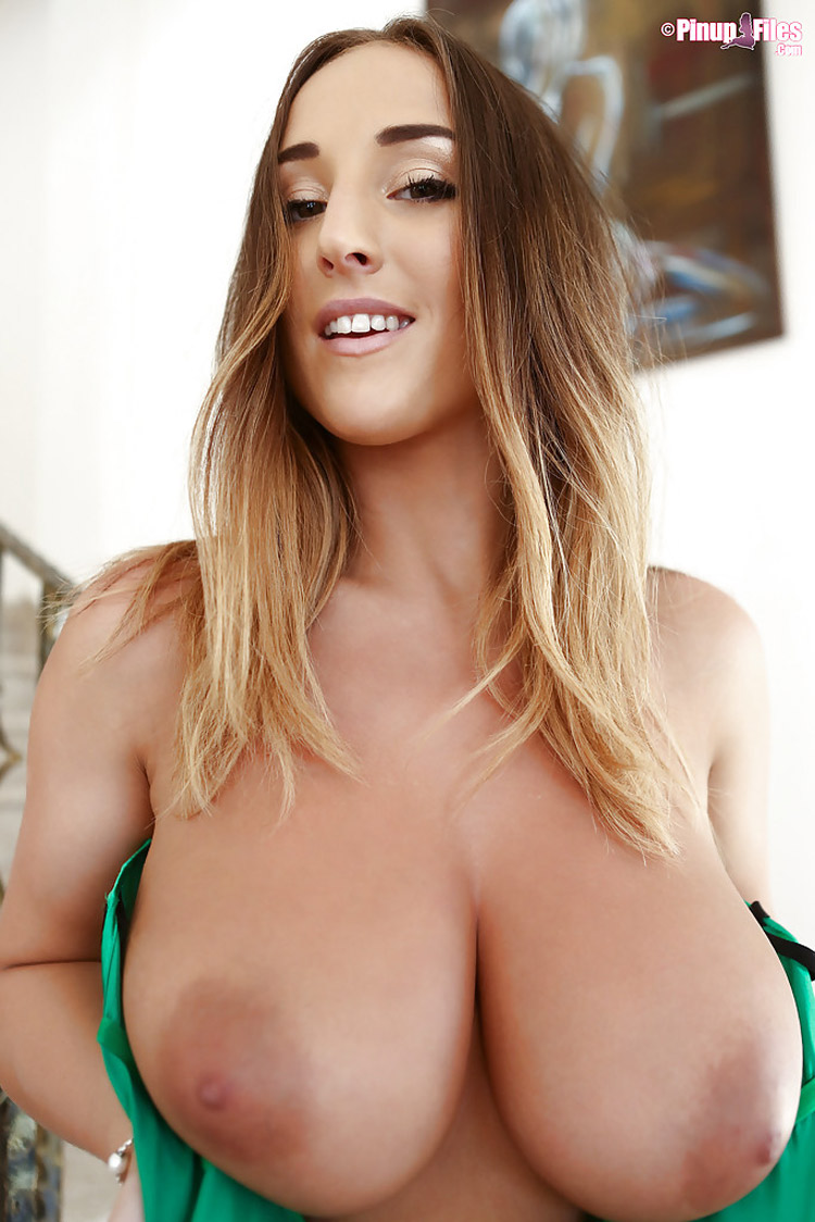 Stacey Poole beaux nichons PinupFiles 9