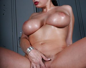 Gianna Michaels nue Busty Fever 13