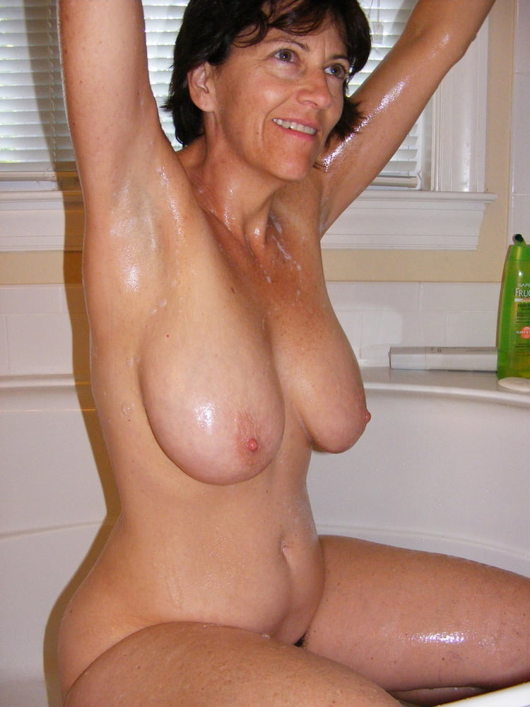 Denise, houewife saggy tits 13