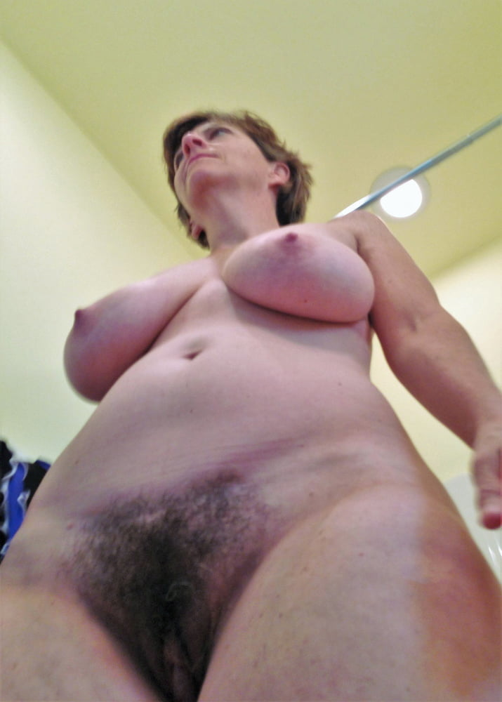 Denise, houewife saggy tits 6