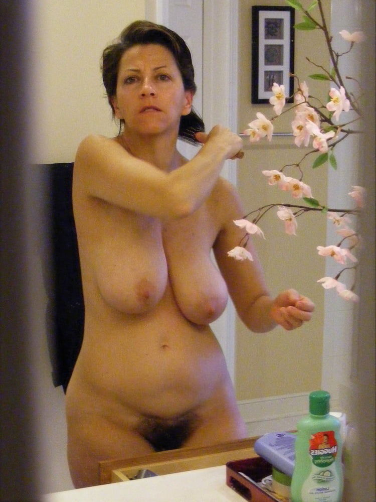 Denise, houewife saggy tits 8