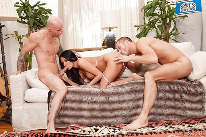 Anissa Kate beurette threesome 4