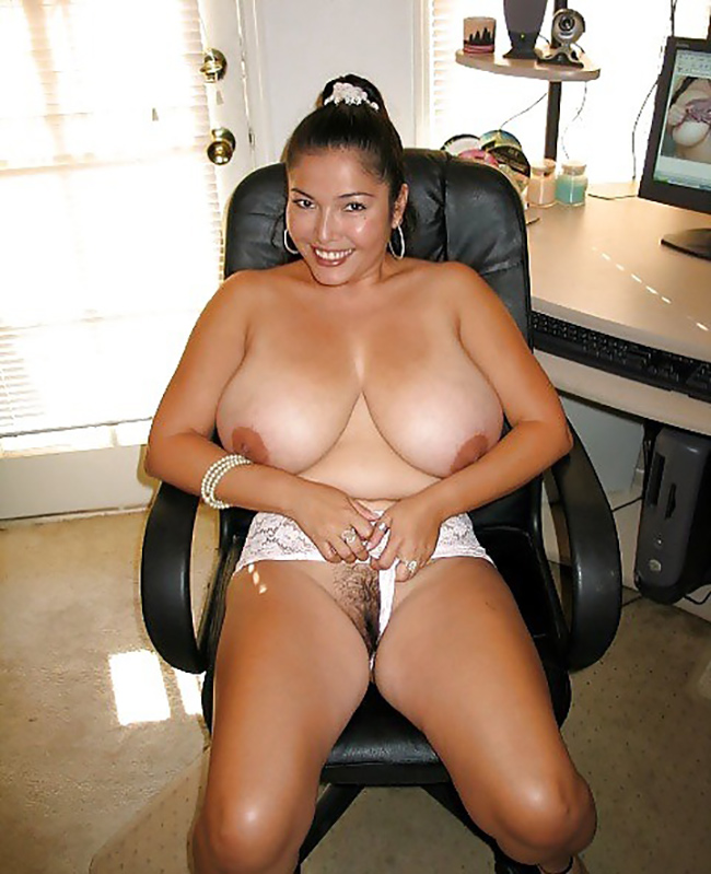 Selena BBW latine grosses mamelles Nude 4